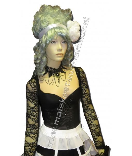 Burlesque dame Autumn