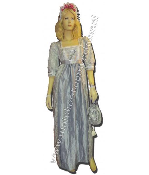 Regency dame Mariette